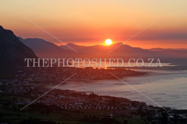 Early morning sunrise - Hermanus